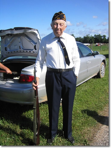 Clyde Ginder, veteran of a WW II air transport group